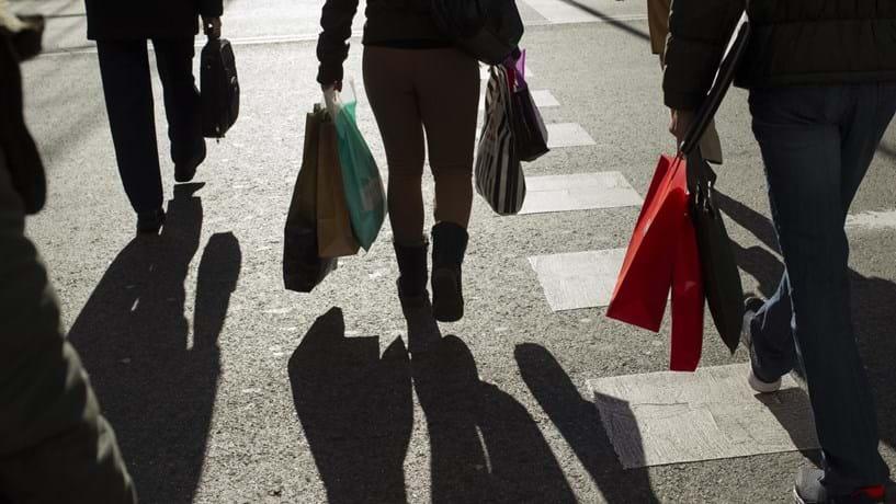 Taxa de desemprego desce para 7,8% em dezembro