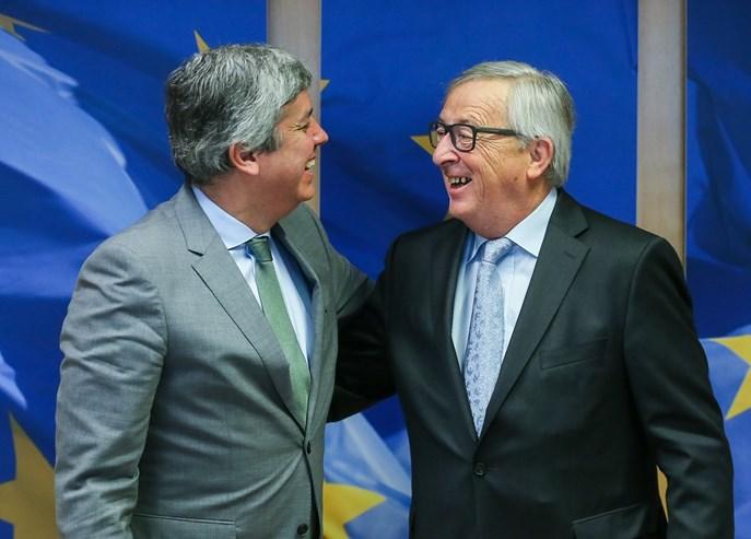 Mário Centeno estreia-se à frente do Eurogrupo com Portugal na agenda