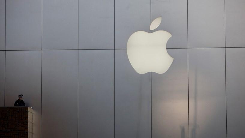 2204ea59024 Apple contrata nome da relojoaria de luxo suíça para novo projecto ...