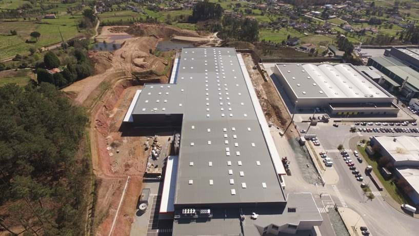 Eurostyle amplia fábrica e cria 250 empregos em Viana